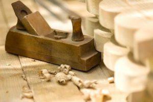 Ручна обробка деревини